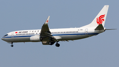 B-1765 - Boeing 737-89L - Air China