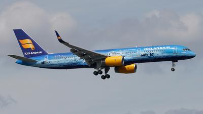 A picture of TFFIR - Boeing 757256 - Icelandair - © Jan Seler