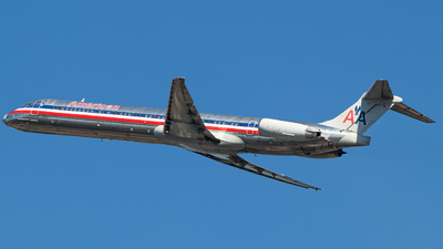 N980TW - McDonnell Douglas MD-83 - American Airlines