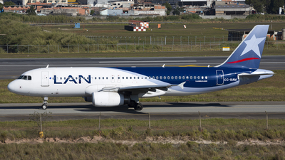 CC-BAM - Airbus A320-233 - LAN Airlines