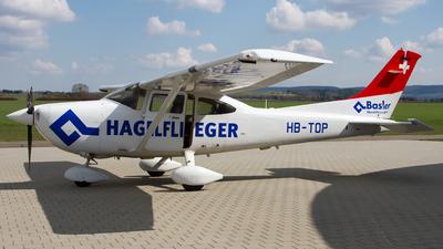 A picture of HBTOP - Cessna 182T Skylane - [18281060] - © Andreas van den Berg