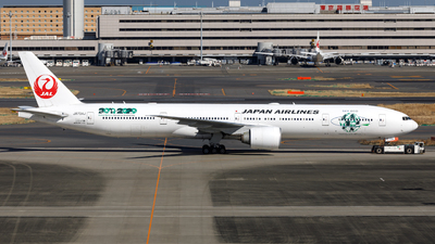 A picture of JA734J - Boeing 777346(ER) - Japan Airlines - © Age