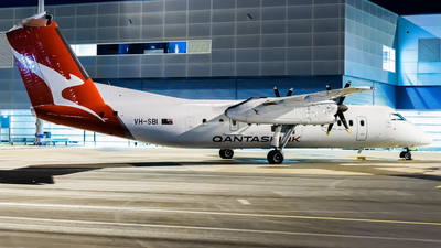 A picture of VHSBI - De Havilland Canada Dash 8300 - Qantas - © Daniel Kotronis
