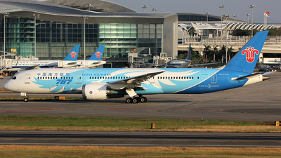 B-1293 - Boeing 787-9 Dreamliner - China Southern Airlines