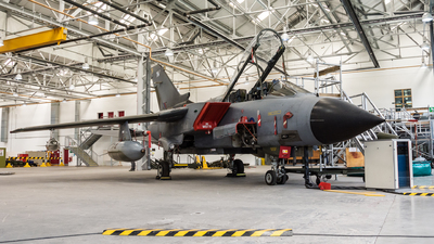 ZA450 - Panavia Tornado GR.1B - United Kingdom - Royal Air Force (RAF)