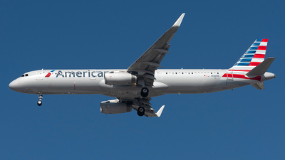 N106NN - Airbus A321-231 - American Airlines