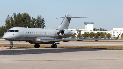 N307KP - Bombardier BD-700-1A10 Global Express - Private