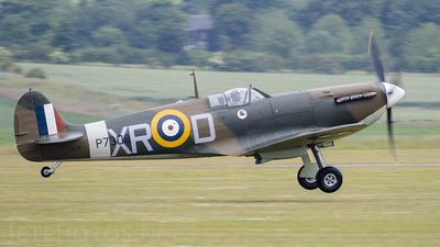 G-AIST - Supermarine Spitfire Mk.1A - Private