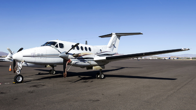N49R - Beechcraft A200 Super King Air - Dynamic Avlease