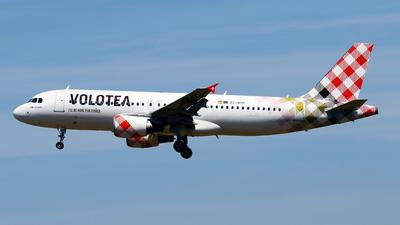 EC-NOP - Airbus A320-214 - Volotea