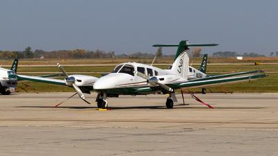 N893ND - Piper PA-44-180 Seminole - University Of North Dakota