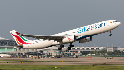 A picture of 4RALR - Airbus A330343 - SriLankan Airlines - © Jack  Li