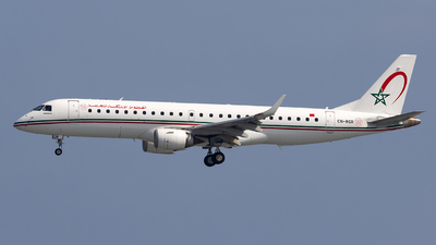 CN-RGR - Embraer 190-100IGW - Royal Air Maroc (RAM)