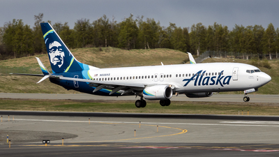 N558AS - Boeing 737-890 - Alaska Airlines