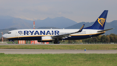 A picture of EIEKR - Boeing 7378AS - Ryanair - © Carlo Luigi Tamiazzo
