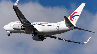 A picture of B5826 - Boeing 73776D - China Eastern Airlines - © guweishi
