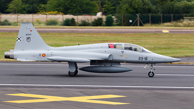 AE.9-027 - CASA SF-5B Freedom Fighter - Spain - Air Force