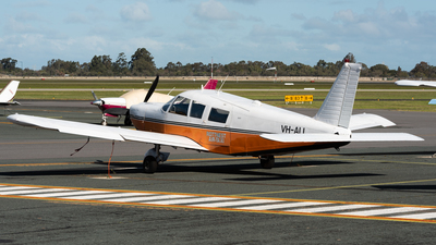 VH-ALL - Piper PA-32-260 Cherokee Six - Rottnest Air-Taxi