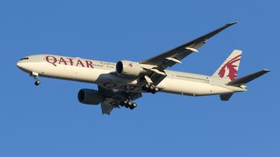 A picture of A7BEE - Boeing 7773DZ(ER) - Qatar Airways - © Toshi Kaneki