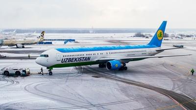 UK-67003 - Boeing 767-33P(ER) - Uzbekistan Airways