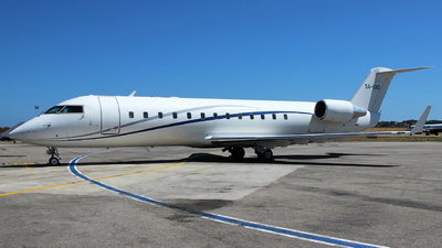 5A-UAD - Bombardier CL-600-2B19 Challenger 850 - United Aviation