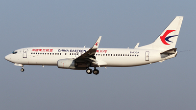 A picture of B1309 - Boeing 73789P - China Eastern Airlines - © ceci wong