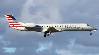 A picture of N606AE - Embraer ERJ145LR - American Airlines - © Xiamen Air 849 Heavy