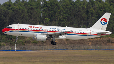 B-2357 - Airbus A320-214 - China Eastern Airlines