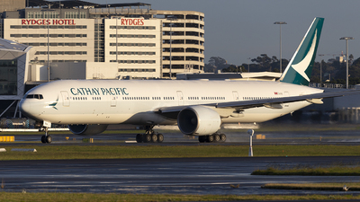 A picture of BKPA - Boeing 777367(ER) - Cathay Pacific - © MQ1131