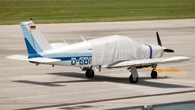 A picture of DEBIF - Piper PA28R200 - [28R7135194] - © Fabrizio Gandolfo