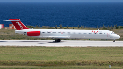 HI1041 - McDonnell Douglas MD-81 - Red Air