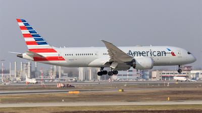 A picture of N806AA - Boeing 7878 Dreamliner - American Airlines - © Carlo Luigi Tamiazzo