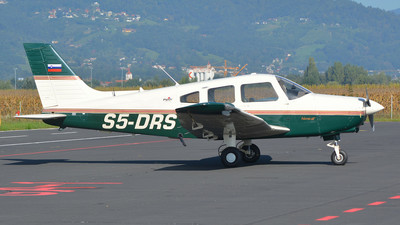 S5-DRS - Piper PA-28-161 Warrior III - Private