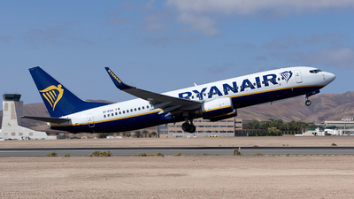 A picture of EIEGA - Boeing 7378AS - Ryanair - © Fernando Roca