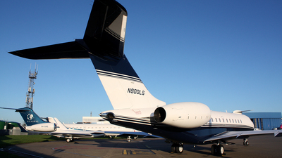 N900LS - Bombardier BD-700-1A11 Global 6000 - Private