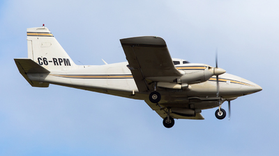 C6-RPM - Piper PA-23-250 Aztec - Private