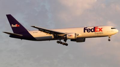N148FE - Boeing 767-32SF(ER) - FedEx