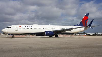 N924DZ - Boeing 737-932ER - Delta Air Lines