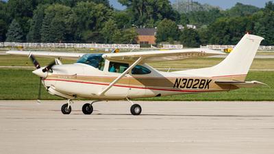 N3028K - Cessna R182 Skylane RG - Private