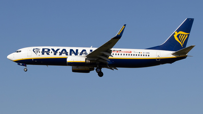 A picture of EIEMN - Boeing 7378AS - Ryanair - © Pierre Pm