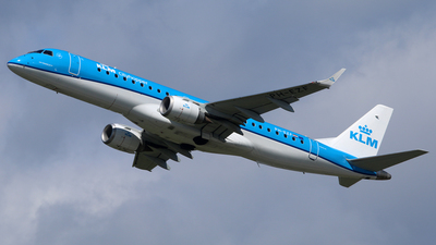 PH-EZF - Embraer 190-100STD - KLM Cityhopper