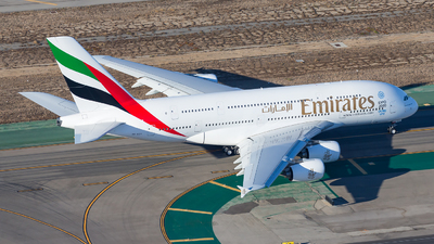 A6-EEV - Airbus A380-861 - Emirates