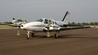 N5591A - Beechcraft 58 Baron - Private