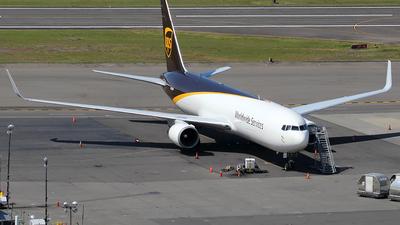 A picture of N322UP - Boeing 76734AF(ER) - UPS Airlines - © Huy Do
