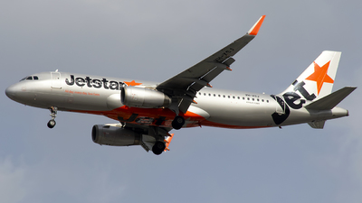 A picture of VHXSJ - Airbus A320232 - Jetstar Airways - © Danielle.L.