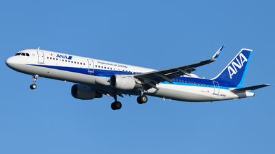 A picture of JA114A - Airbus A321211 - All Nippon Airways - © Yoshio Yamagishi