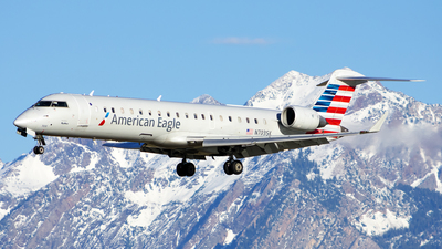 A picture of N703SK - Mitsubishi CRJ701ER - American Airlines - © Michael Rodeback