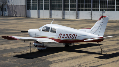 N33001 - Piper PA-28-140 Cherokee Cruiser - Private
