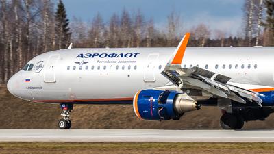 A picture of VPBKI - Airbus A321211 - Aeroflot - © Vadim Shustrov