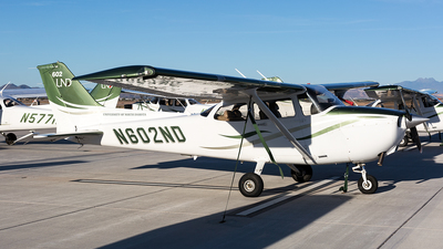 N602ND - Cessna 172S Skyhawk SP - University Of North Dakota